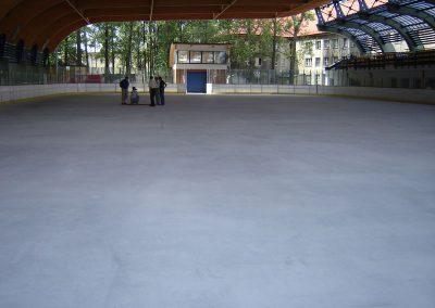 Pszów - naprawa betonowej płyty lodowiska